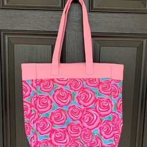 Handbags - Roses lily print tote bag with zipper